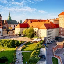 Ten things you should know about Poland. Know them and then date Date Polish Girls and Women abroad and in Poland. Chat and Flirt Online.