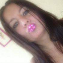 'Kim77', Woman from Poland , wants to chat with someone from Hampton, Virginia