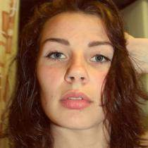 single  from Poland  'Angelika', lives in Poland  Kielce and seeks men