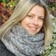 Photo of Polish Lady ,'Celina', wants to chat with someone. Lives Poland  Poznań