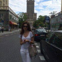 Photo of Polish Single ,'Adrianna', lives in Poland  Warszawa, Polska and seeks men