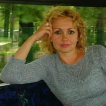 Photo of Polish Lady ,'paulina10', wants to chat with someone. Lives Poland  Hrubieszów